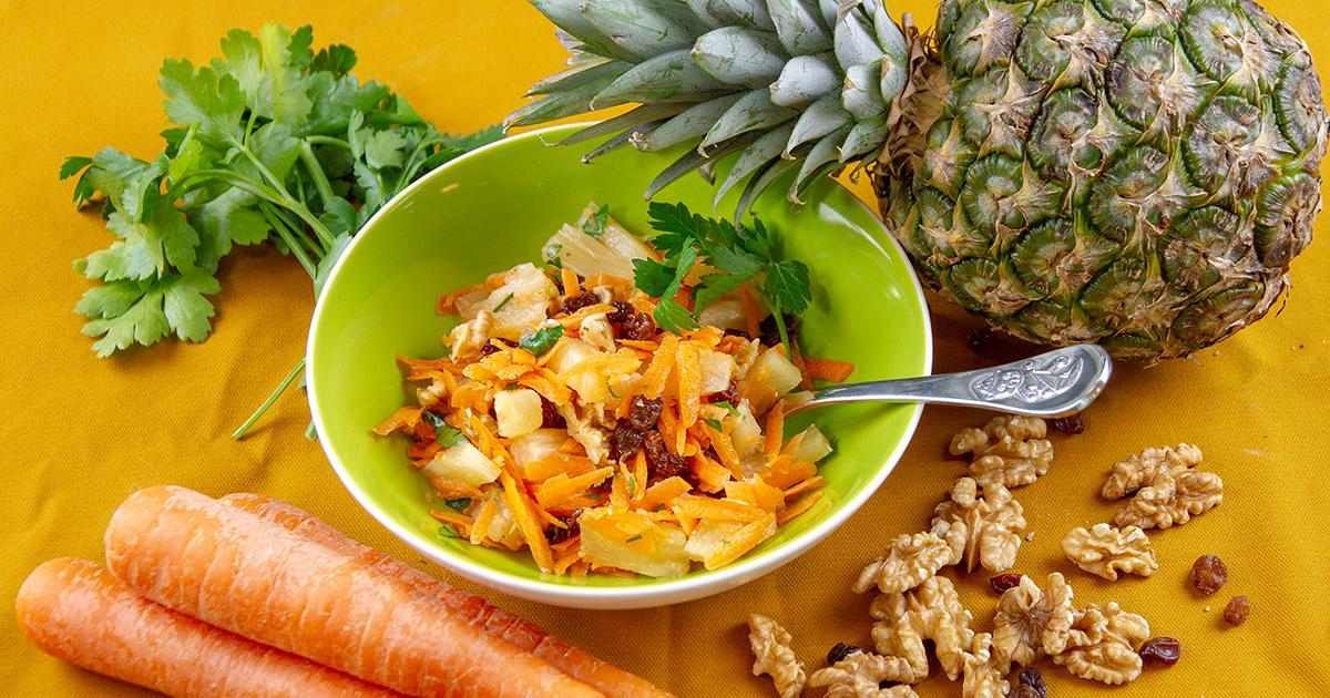 Anikas Ananas Salat mit Karotten